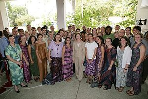 Laura Bush with Ghana Peace Corps volunteers