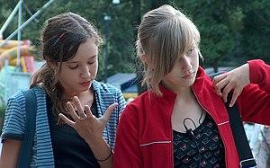 English: Polish teenagers. Polski: Polskie nas...