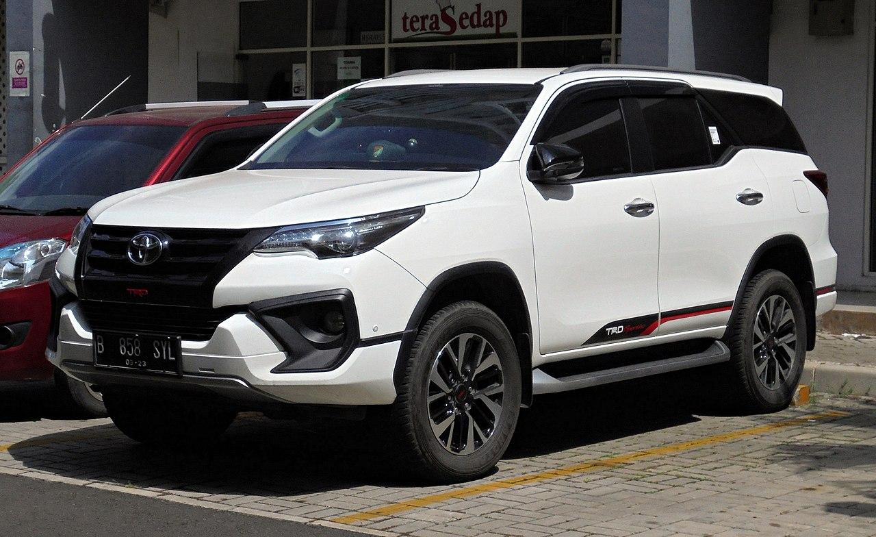 File 2018 Toyota Fortuner 2 4 Vrz Trd Sportivo Wagon