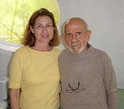 Jacque Fresco with Roxanne Meadows.jpg