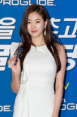 Kim Sa-rang (actress) in September 2011 from acrofan