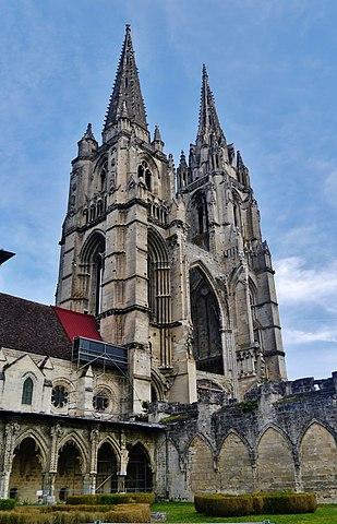 Abbaye Saint Jean Des Vignes : abbaye, saint, vignes, File:Soissons, Abbaye, Saint-Jean-des-Vignes, Gegenfassade, 4.jpg, Wikimedia, Commons