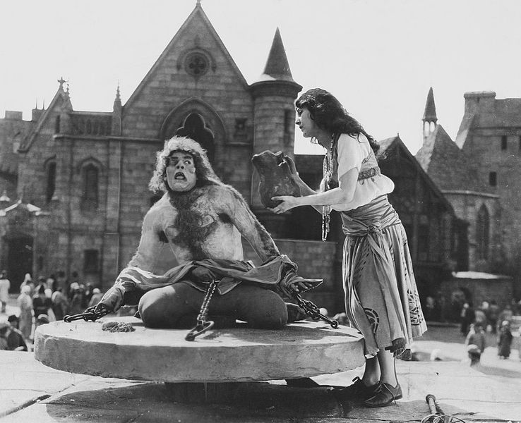 Lon Chaney Sr. the Hunchback of Notre Dame