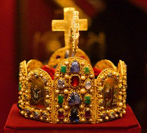 Imperial Crown of the Holy Roman Empire in &qu...