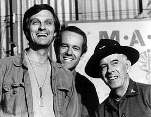 English: Publicity photo of some M*A*S*H cast ...