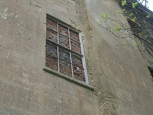 English: Piercefield House - bricked-up window...