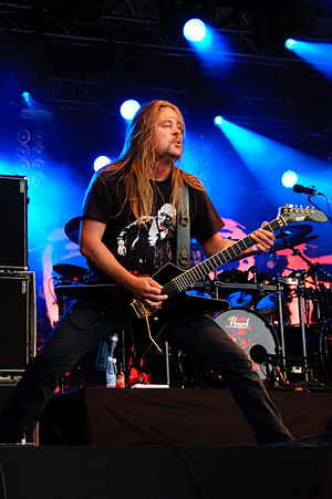 English: Guitarist Roope Latvala of Children o...