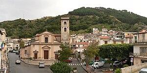 Saponara (ME) Italiano: Centro del paese