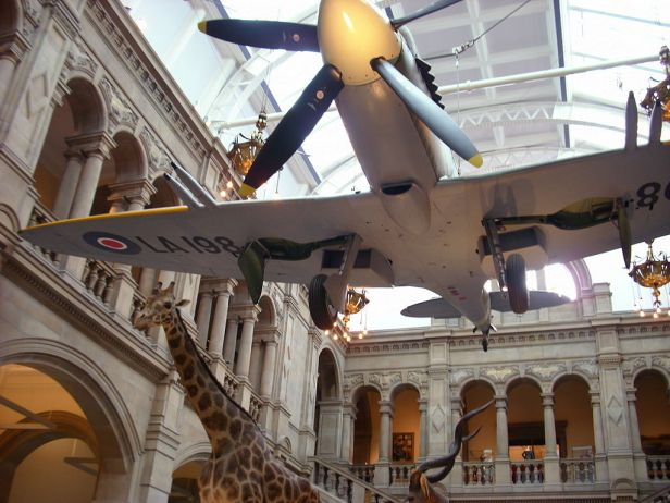 Entrance gallery, Kelvingrove Art Gallery and Museum
