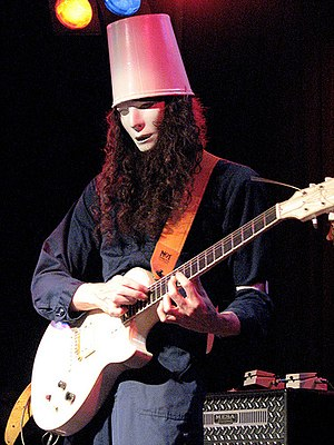English: Buckethead in concert at Neumos in Se...