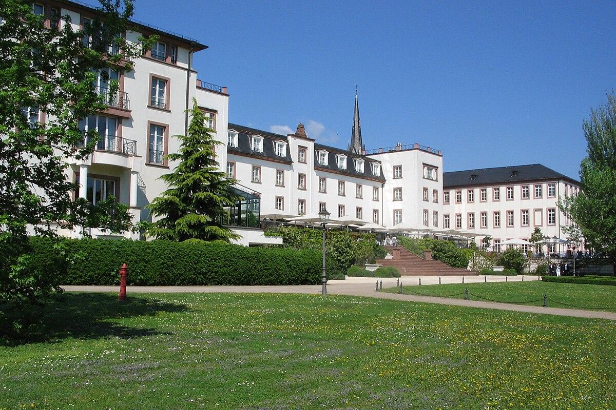 Schloss Reinhartshausen  Wikipedia