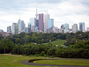 The skyline of Toronto looking across Riverdal...