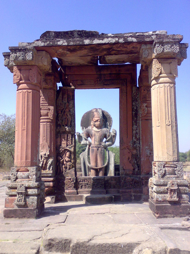 File Vishnu Temple Mandapa At Eran Madhya Pradesh Jpg