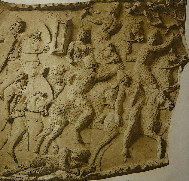 Сарматски оклопници за време Дачких ратова приказани на Трајановом стубу у Риму