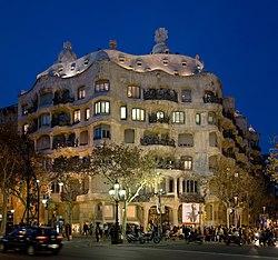 Casa Milà - Barcelona, Spain - Jan 2007.jpg