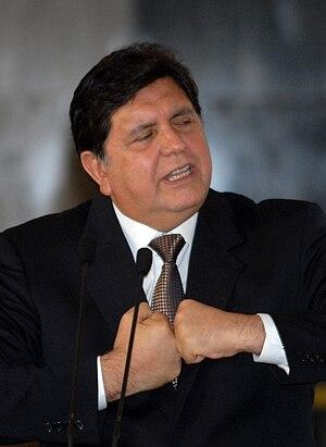 Português: O presidente do Peru Alan García em...