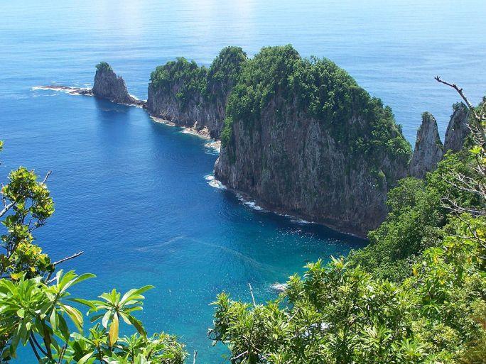 Pola Islands Tutuila NPS