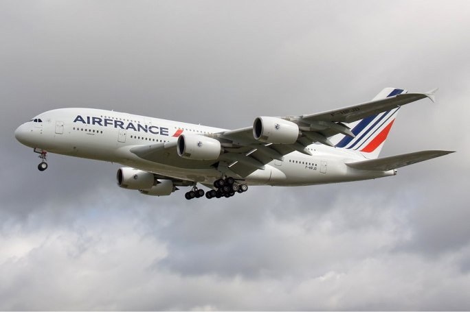 Air France Airbus A380 Olivati-1