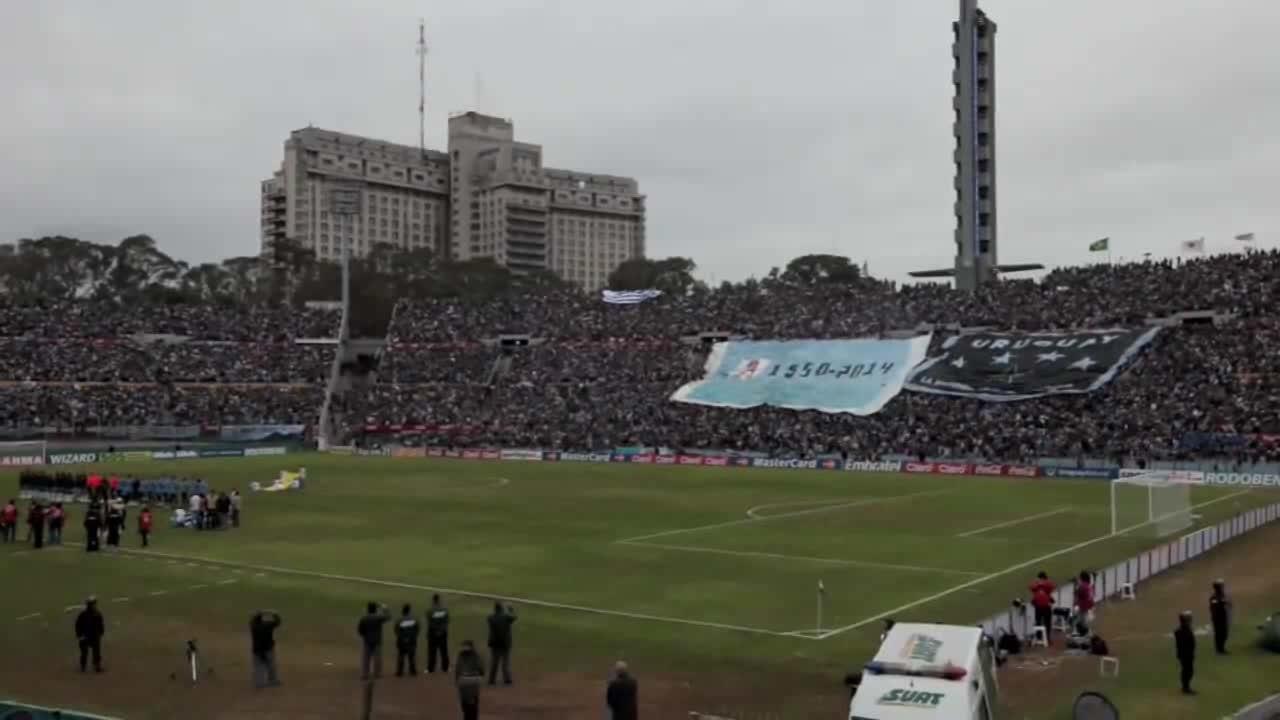 FileEstadio Centenario  Uruguay v Brazil June 2009ogv