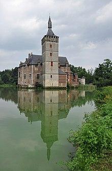 Chateau En Espagne 4 Lettres : chateau, espagne, lettres, Donjon, Wikipédia