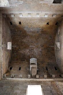 Castello normannosvevo Gioia del Colle  Wikipedia