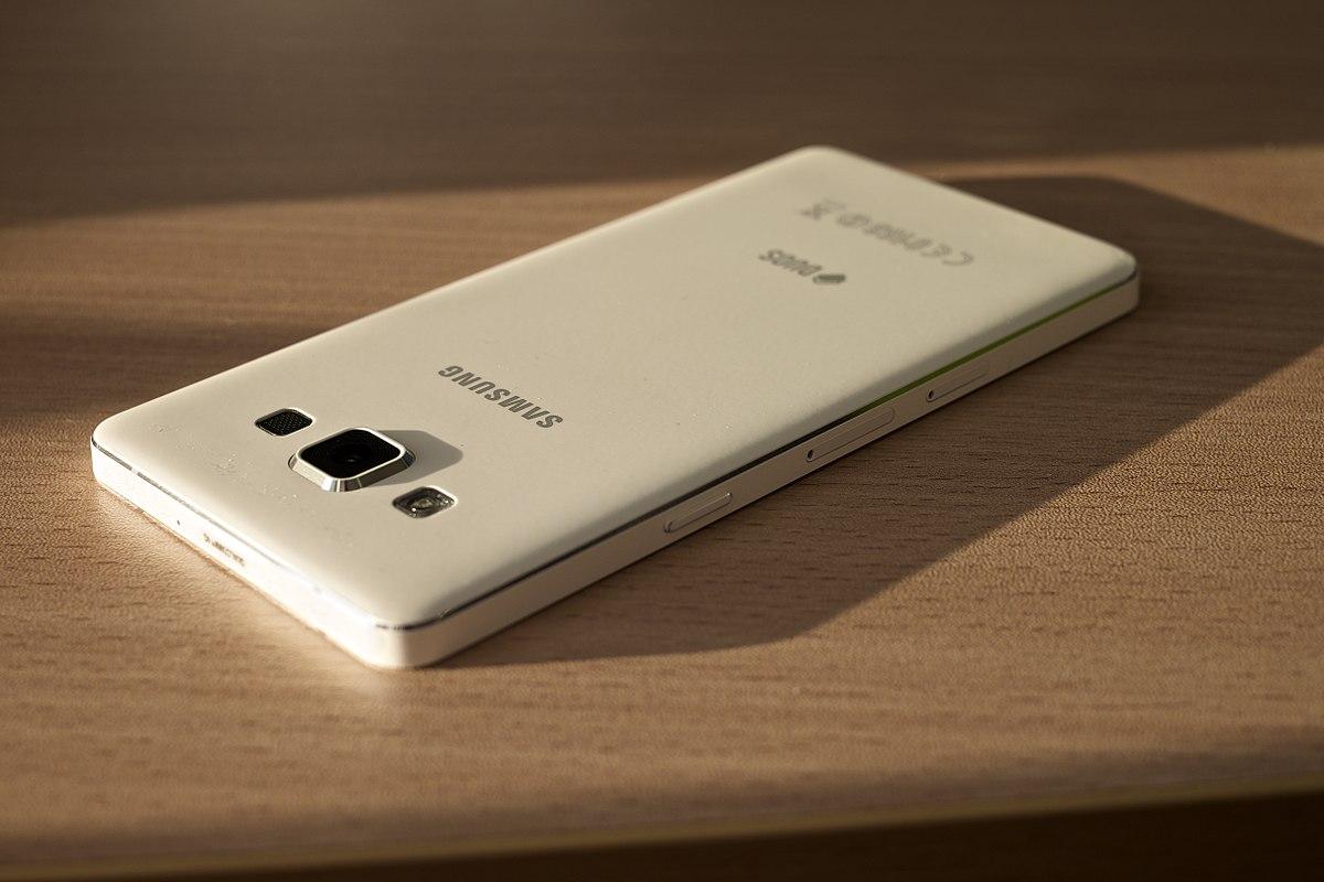 Samsung Galaxy A5 (2015) - Wikipedia