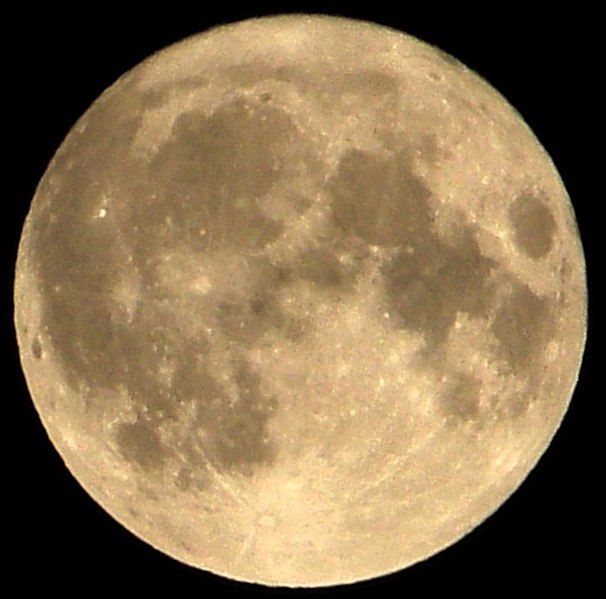 File:Supermoon.jpg