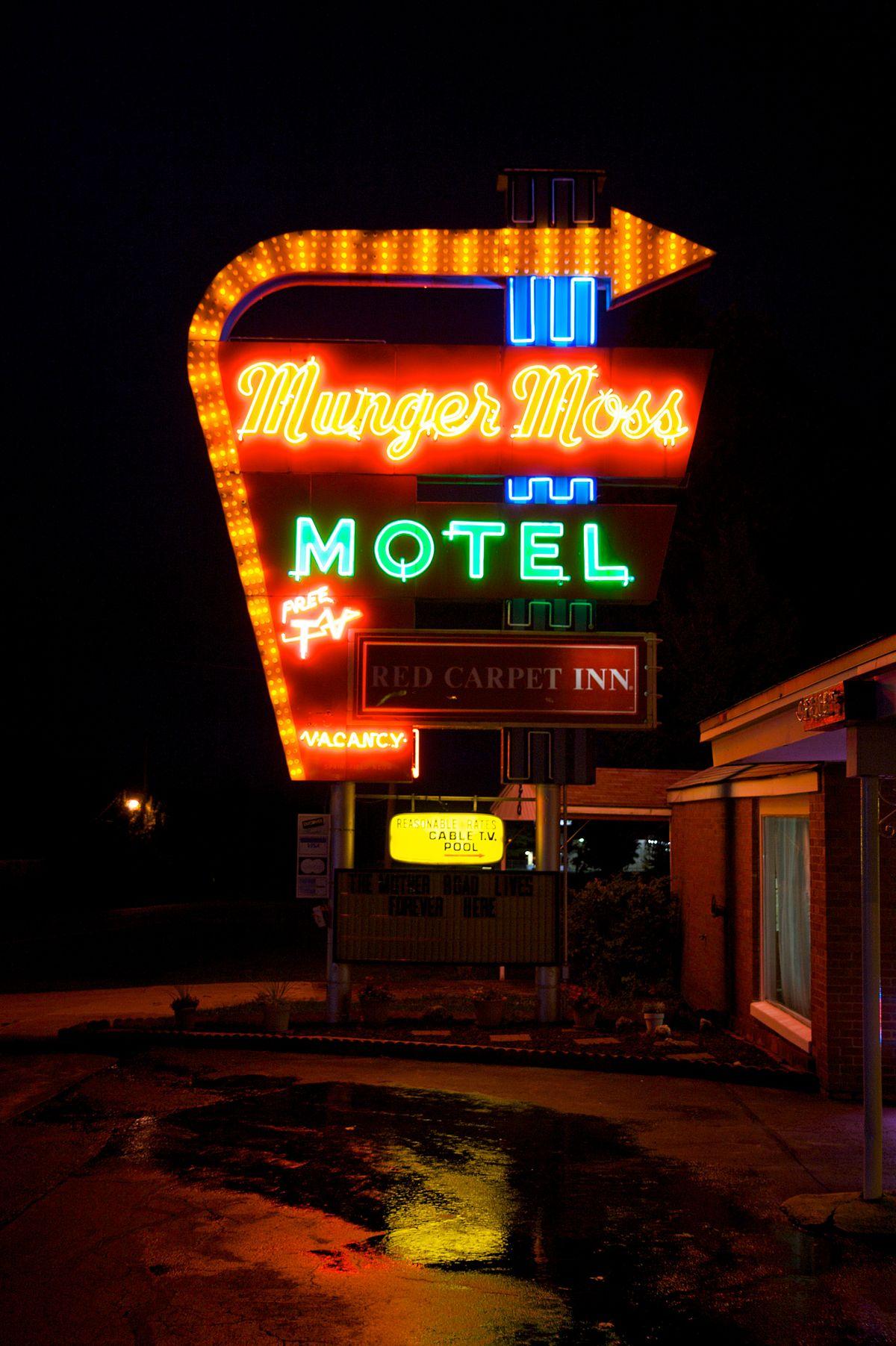 MungerMoss Motel  Wikipedia