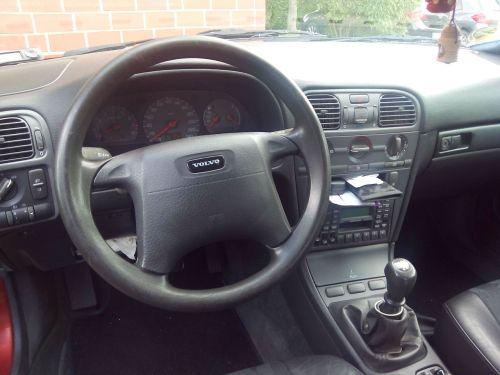 small resolution of file volvo v40 interior 1998 jpg