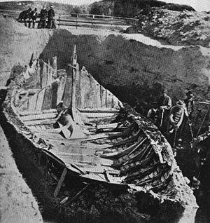 Gokstad Viking ship excavation. Photographed i...