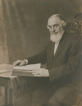 Photograph of Charles Taze Russell.