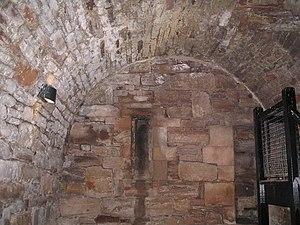 English: Dungeon at Tantallon The barrel-vault...