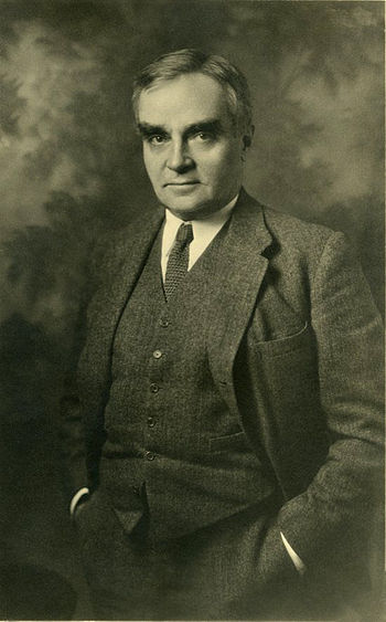 English: Judge Learned Hand, circa 1910. Franç...
