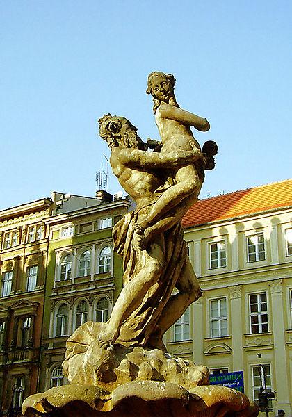 Imagen:Poznan Prozerpina 216-71.jpg