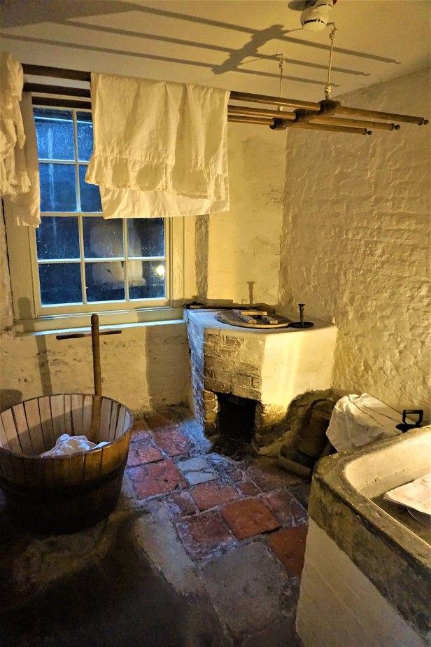 Charles Dickens Washhouse