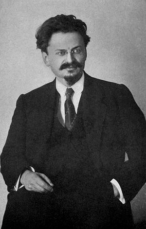 English: Lev Trotsky