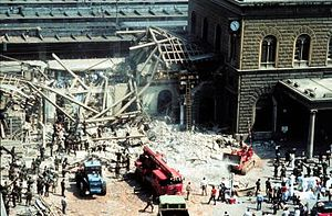 Bologna Massacre Italiano: Strage di Bologna, ...