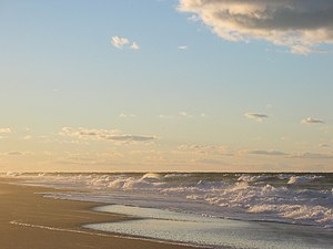 English: Cape Cod beach at sunset, Race Point ...