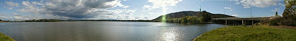 Lake Burley Griffin Canberra-01MJC.jpg