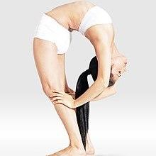 Mr-yoga-revers face à l'étirement 5.jpg
