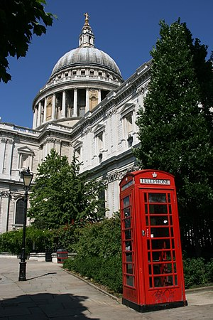 English: St Paul's Cathedral, London. Designed...