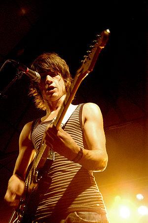 Alex Turner with the Arctic Monkeys, Accelerat...