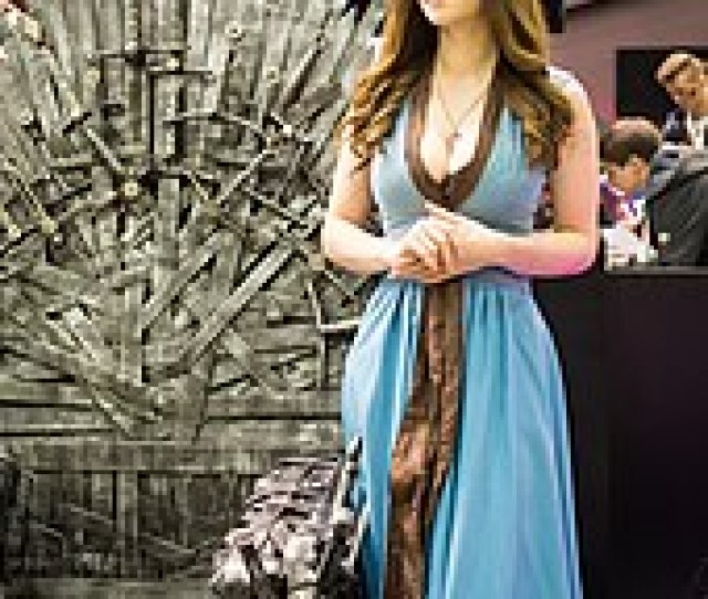 Promotion At Igromir 2016 Featuring A Cosplayer Dressed As Margaery Tyrell