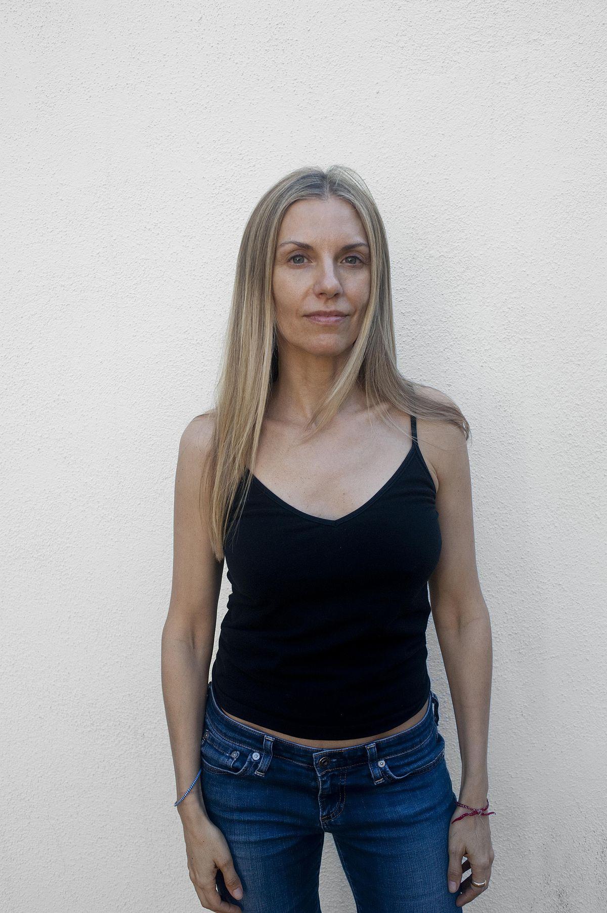 Liza Lou Wikipedia