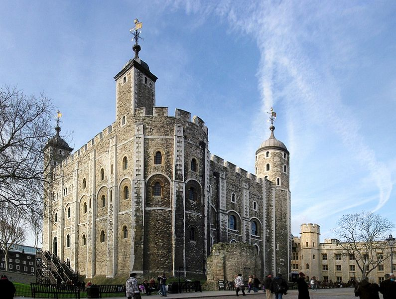 Archivo:London - White Tower2.jpg