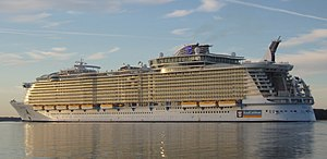 Oasis of the Seas, October 30 2009.jpg