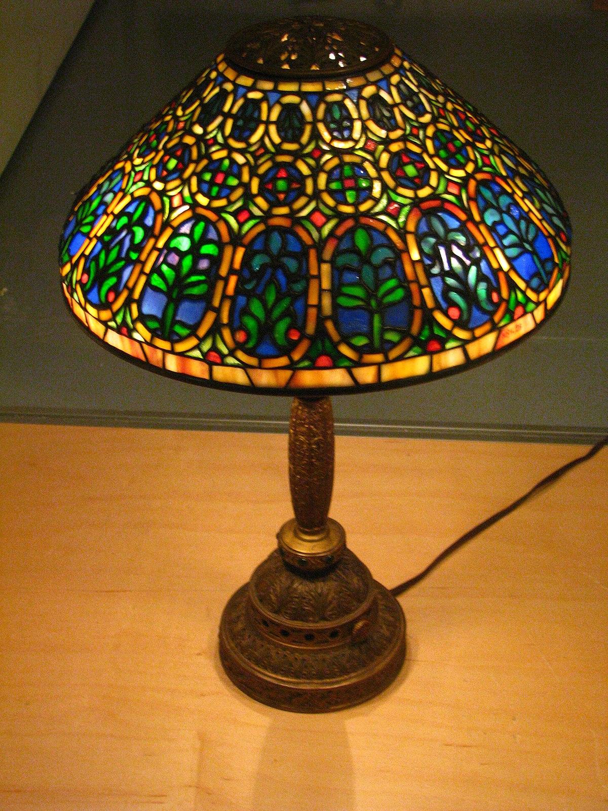 Tiffany lamp  Simple English Wikipedia the free encyclopedia