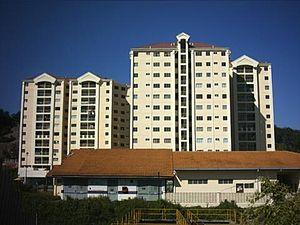Bahasa Melayu: Mt Karunmas Condo