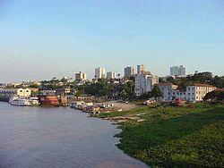 Corumbá, localizada ás margens do rio Paraguai