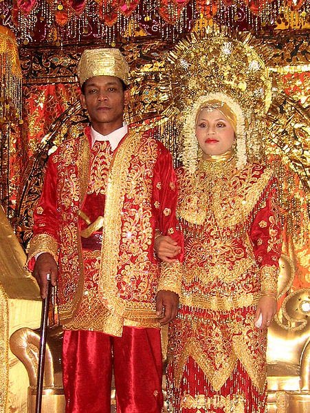 File:Minangkabau wedding.jpg